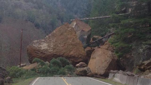 Rockslide douglas county west of Sutherlin